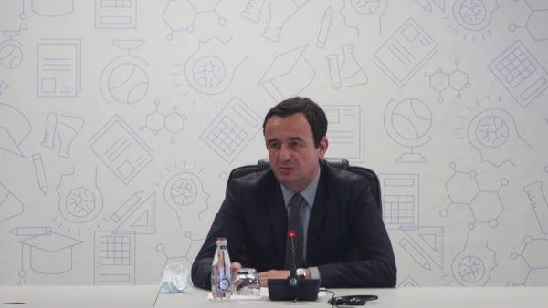 """""""Serbia të ndryshojë Kushtetutën"""", Kurti thotë se nuk ka datë për takimin me Vuçiçin"""