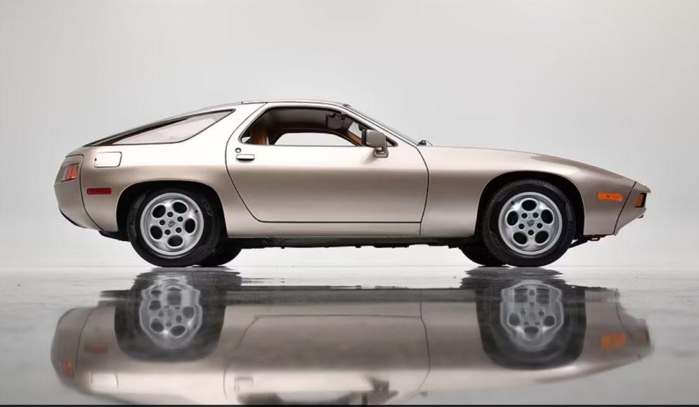 Porsche i vjetër i Tom Cruise shitet për 1,98 milionë dollarë