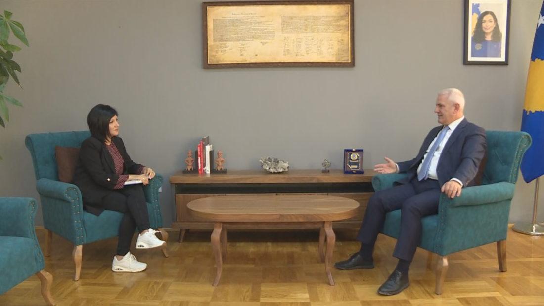 ministri i brendshem i kosoves xhelal zvelca  1100x620