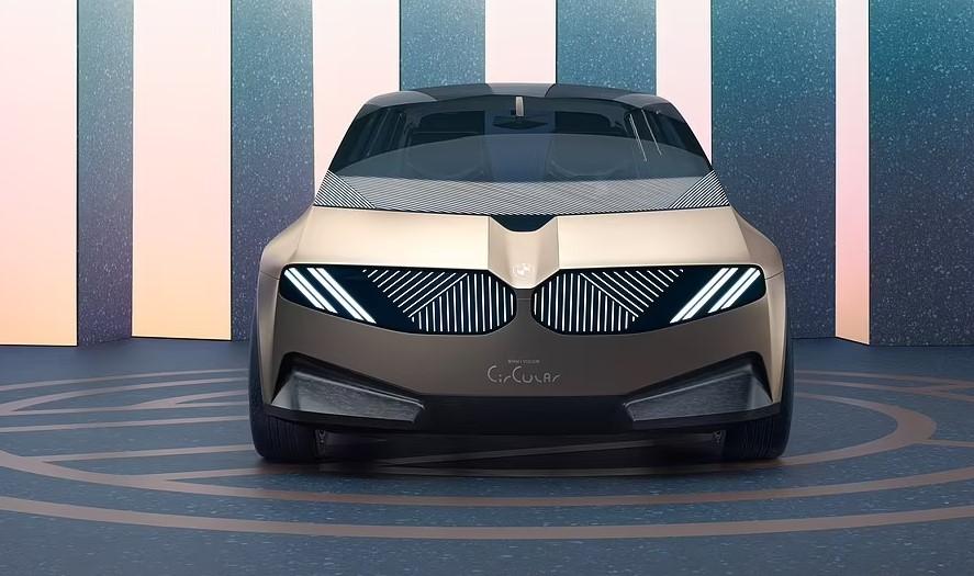 BMW prezanton makinën e së ardhmes, luksoze, zero emetim dhe tërësisht e riciklueshme