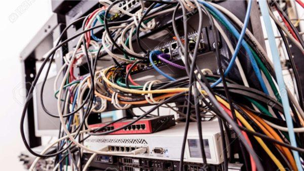 Zjarr në Kadastrën e Durrësit, digjet zyra e serverëve
