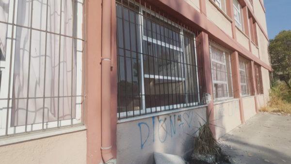Dëmet e tërmetit në Durrës, ende asnjë vendim për 11 godina shkollash