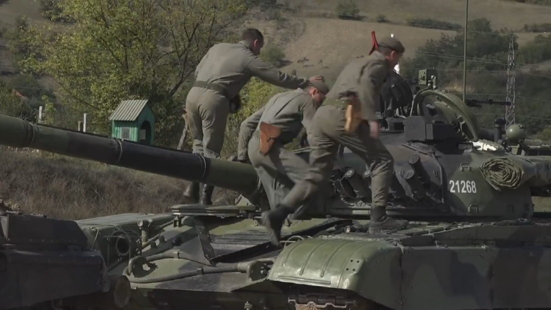 ushtria serbe ne kufi me kosoven 14 1100x620