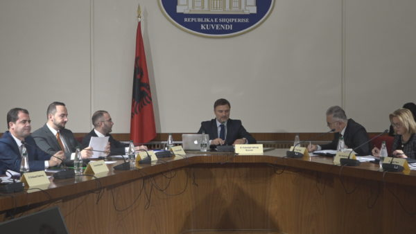 Ngec hetimi i 25 prillit, thirrja e Ramës dëshmitar bllokon miratimin e rregullores