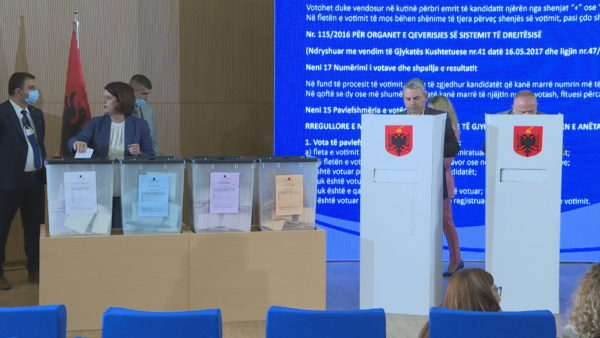 Qeveria e gjyqësorit, gjyqtarët zgjedhin 3 përfaqësues të rinj në KLGJ