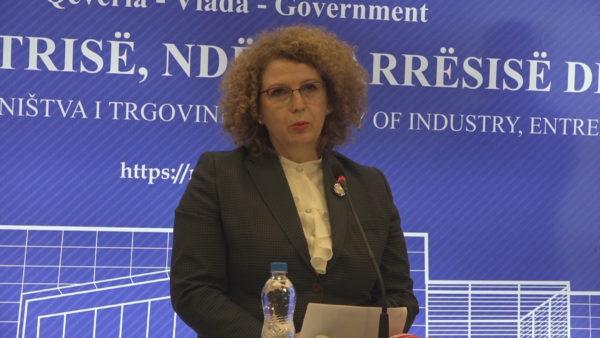 """Kosova """"ndëshkon"""" Serbinë: Tarifë për importin e koncentrateve dhe blloqeve të betonit"""