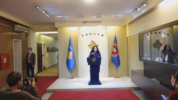Kundërshton rekomandimin e KE, presidentja Osmani: Vettingu në Kosovë, i domosdoshëm