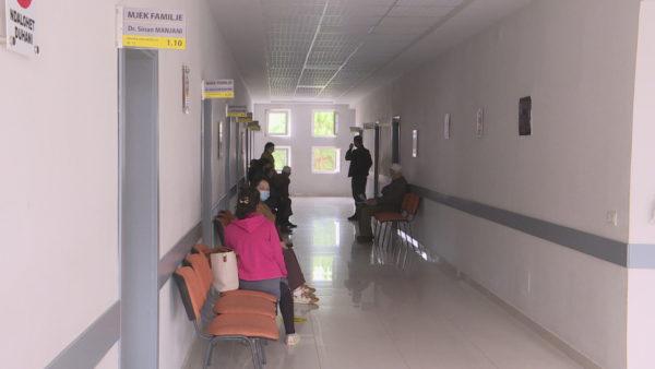 Paralajmërimi i OBSH, pandemia do të vazhdojë edhe në 2022, të varfrit pa vaksina