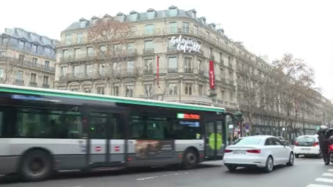 PARISI PA MAKINA frame 202 1100x620