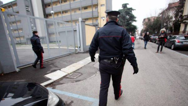 """""""Më arrestoni, se duroj dot gruan"""", shqiptari kërkon burgun në vend të """"arrest shtëpie"""""""
