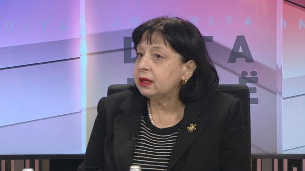 Silva Bino: Infertiliteti nga vaksina është një mit. Ish-punonjësi i Pfizer shkroi një letër pa baza