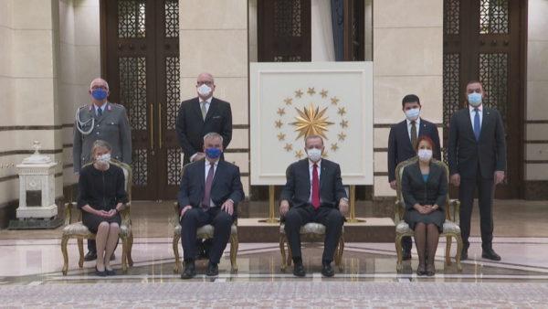 Përjashtimi i ambasadorëve, tërhiqet Erdogan: Do të jenë më të kujdesshëm