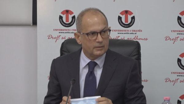 Rektori i Universitetit të Tiranës: Të hënën nuk hyn askush pa vaksinë apo pa dokumentacion