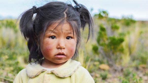 Ana tjetër e pandemisë: Në SHBA mijëra fëmijë kanë mbetur jetimë