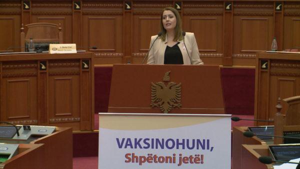 Manastirliu-opozitës: Bëjuni thirrje qytetarëve të vaksinohen se nuk është turp
