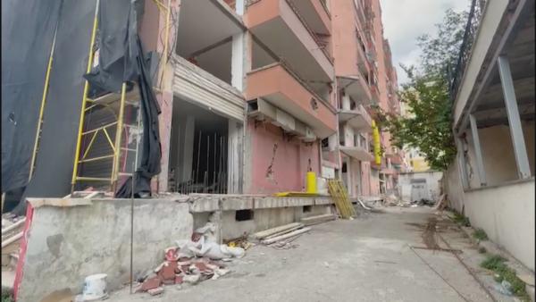 Dy vjet pas tërmetit në Durrës, 100 familje ende në pritje të riparimeve